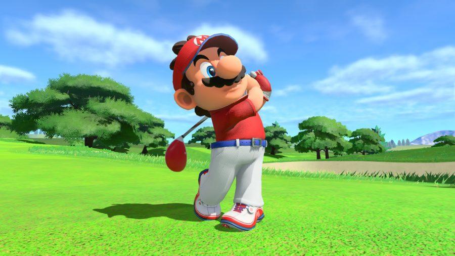 Mario playing gold